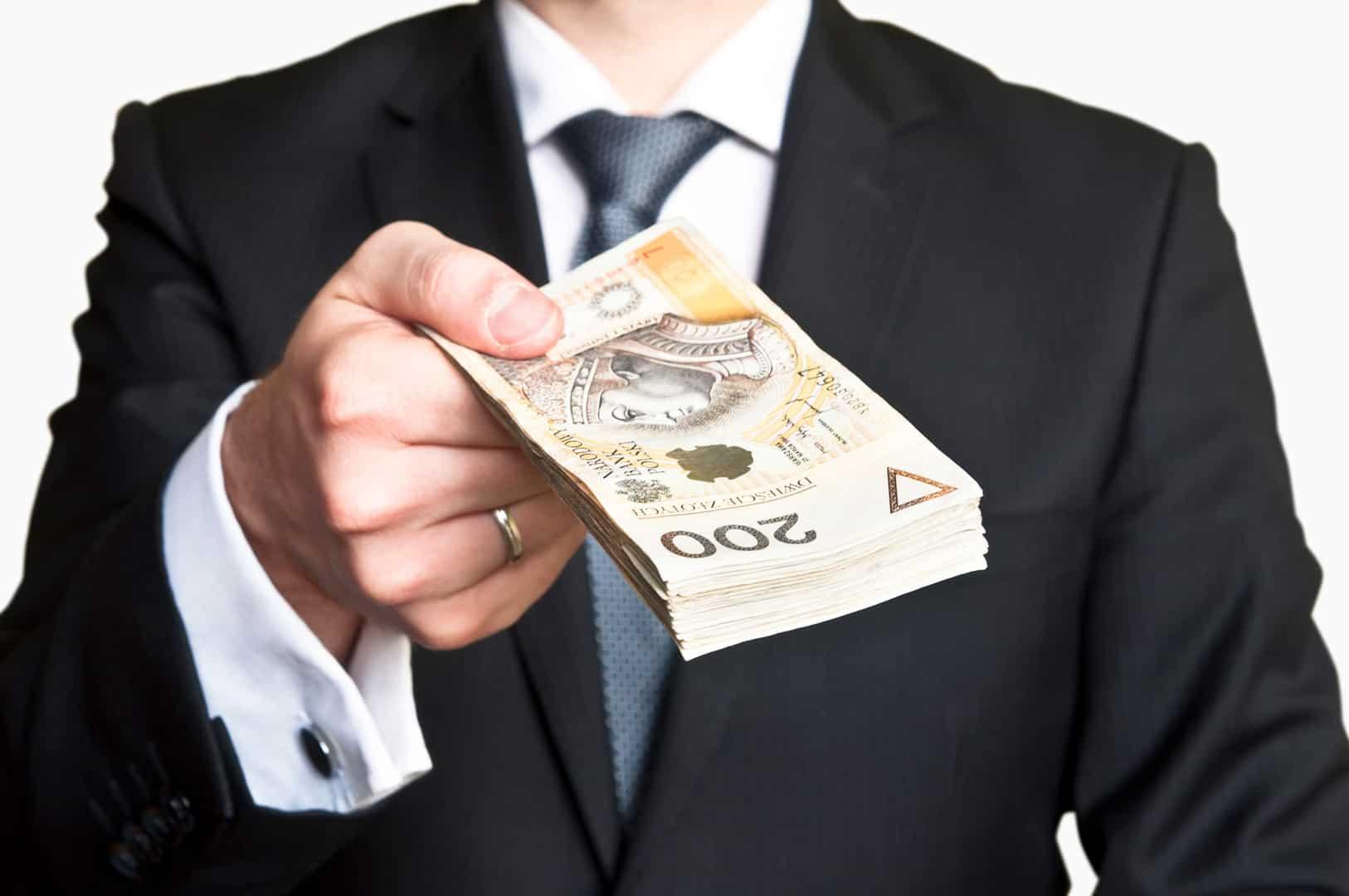 2600 zł minimalnego wynagrodzenia od 2020 zł. Czy jest się z czego cieszyć?