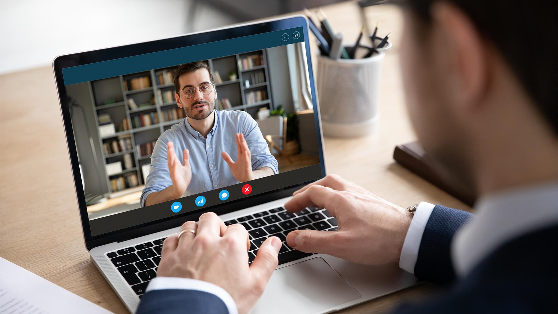 Jak wypaść dobrze na rekrutacji on-line?