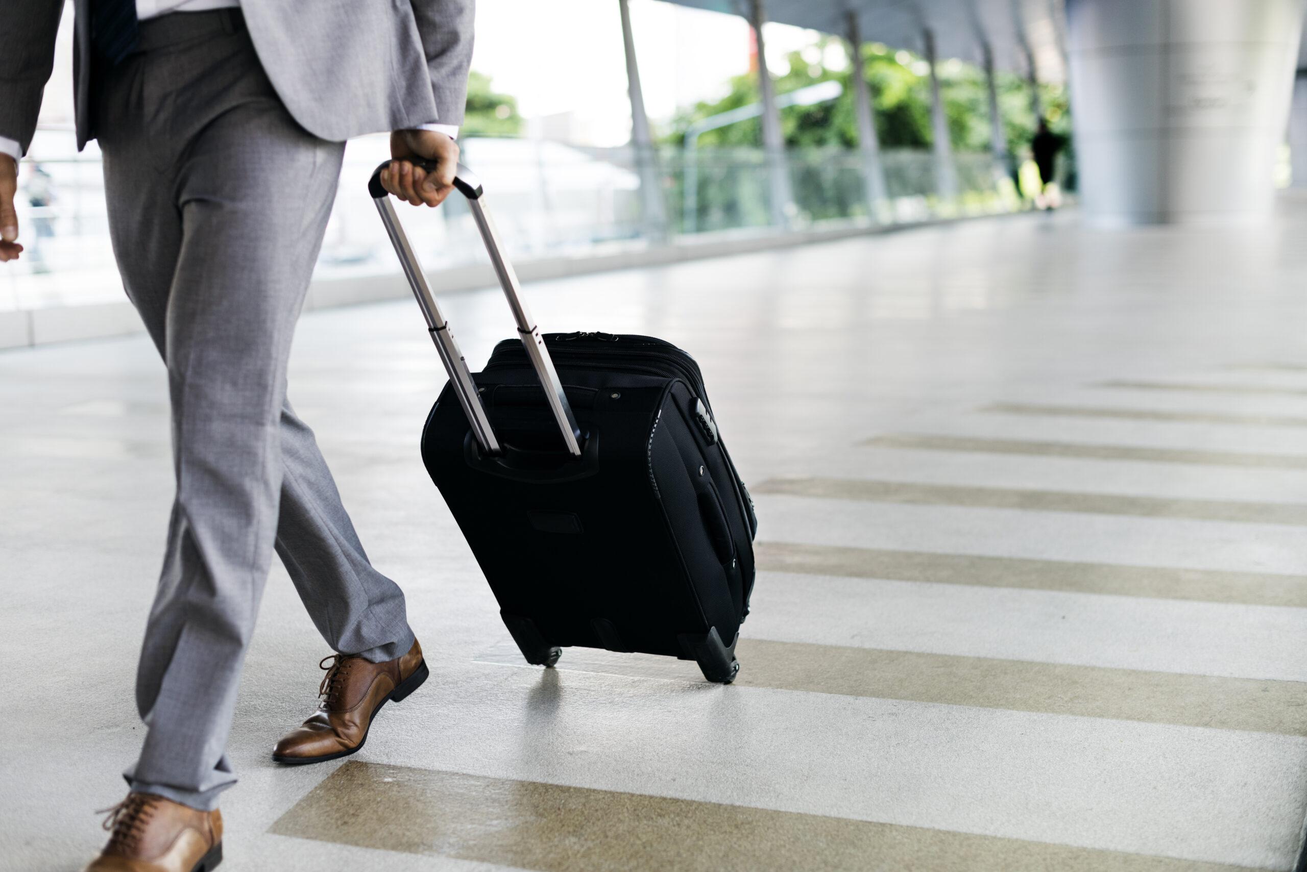 Delegacja – czy pracodawca musi wypłacać zaliczkę?